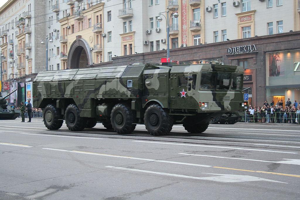 Iskander ved parade på Sejrsdagen i Moskva 2010.Foto: A. Savin /Wikimedia Commons